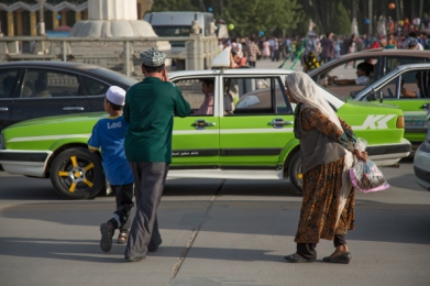 Sunday afternoon in People's Square, Kashgar