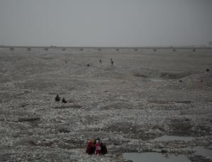 Jade hunting in Khotan