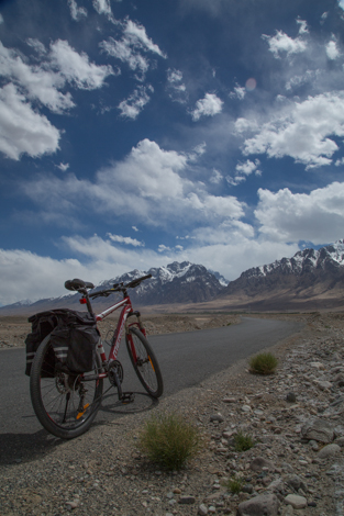 Karakoram Highway and Bike