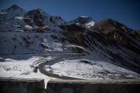 Mountain Pass, Wolong