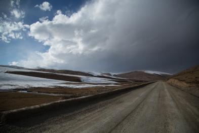 Snowclouds, en route to Serqu