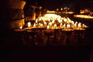 Yak butter lamps, Yushu