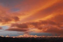 Worth getting up for? Pang-la at dawn © Jo James