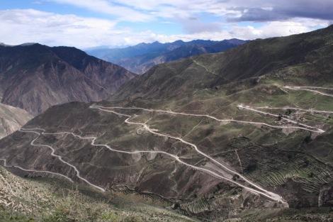 The Yela Shan Pass, Tibet © Jo James