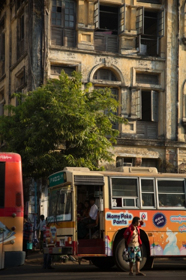 Buses, Yangon © Jo James