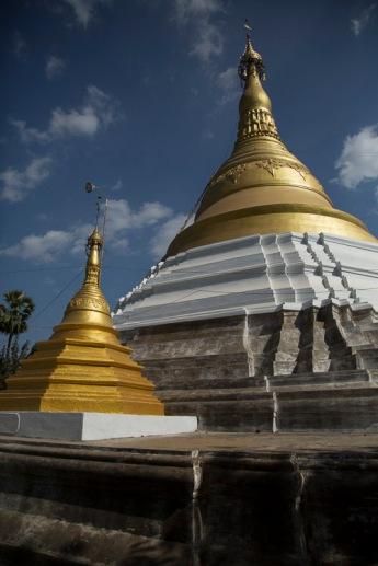 Pagodas, Bago