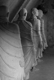 Concrete monks, Win Sein Taw Ya