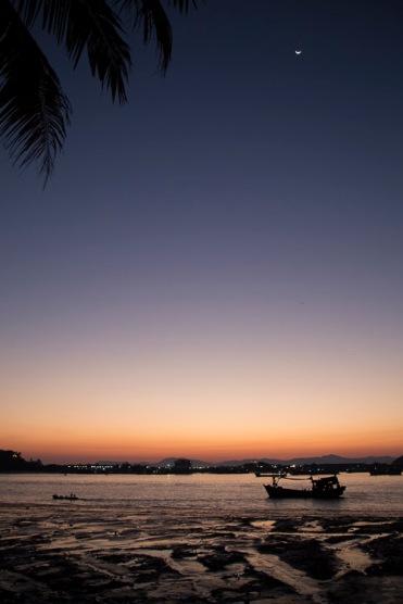 Sunset, Myeik