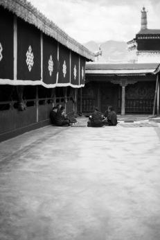 Jokhang teatime, Lhasa