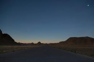 Sunset highway, Tingri