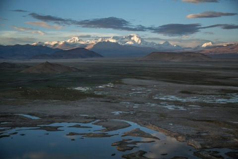 Cho Oyu at dawn