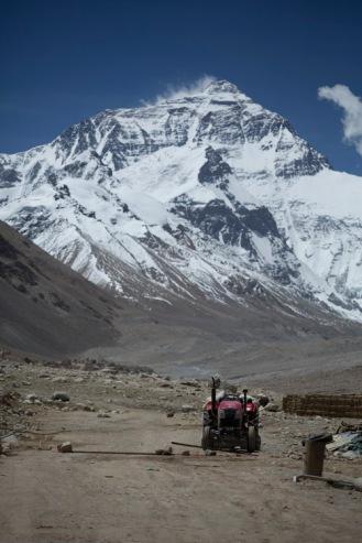 Tractor, Everest