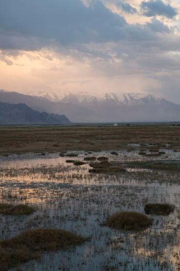 Dusk, Tashkurgan