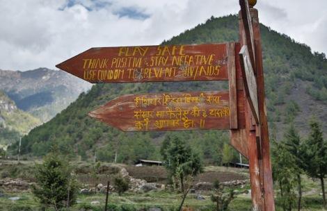 Road sign, Haa